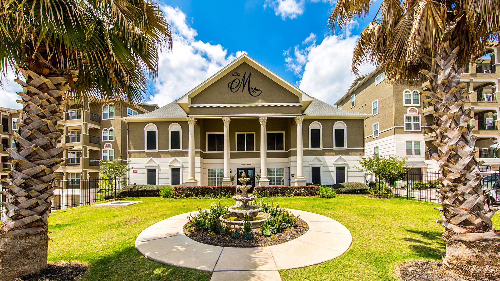 Marquis At Stone Oak Bluerock Residential Growth Reit