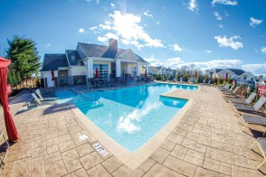 Greenville-Swimming-Pool-3-lrg